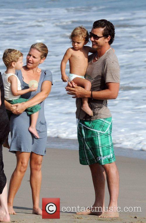 Gavin Rossdale and son Kingston Rossdale on Malibu beach 15