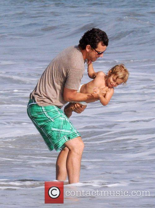 Gavin Rossdale and son Kingston Rossdale on Malibu beach 16