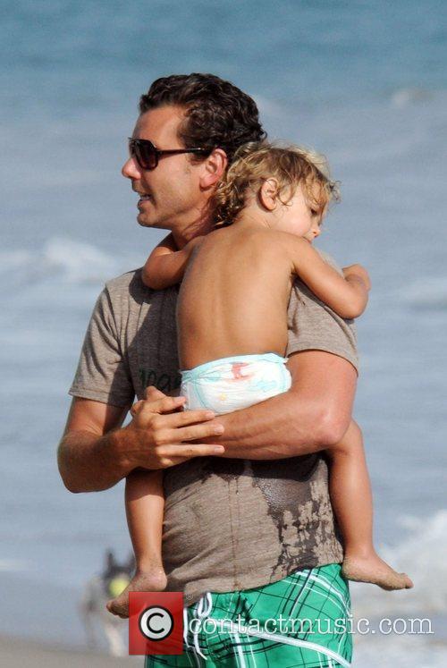 Gavin Rossdale and son Kingston Rossdale on Malibu beach 22