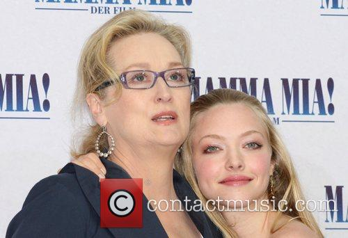 Meryl Streep and Amanda Seyfried 4