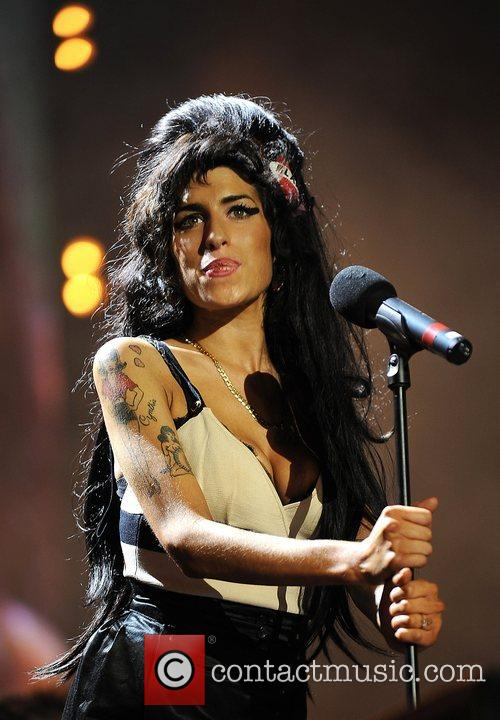 Amy Winehouse and Nelson Mandela 5