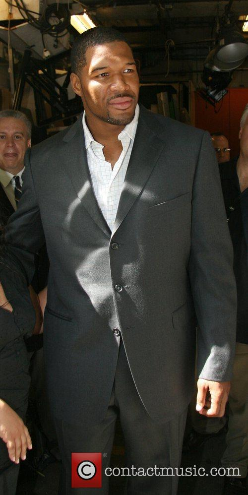 Michael Strahan, Abc and Abc Studios 3