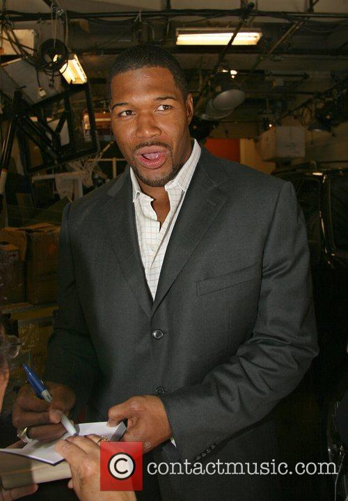 Michael Strahan, Abc and Abc Studios 2