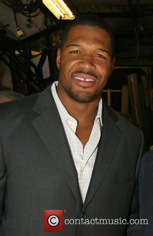 Michael Strahan, Abc and Abc Studios 4