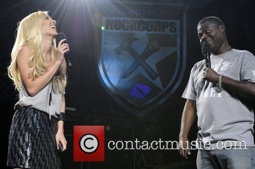 Heidi Montag and Tracy Morgan Performing At The Boost Mobile Rock Corps At The Gibson Amphitheatre In Universal City 4