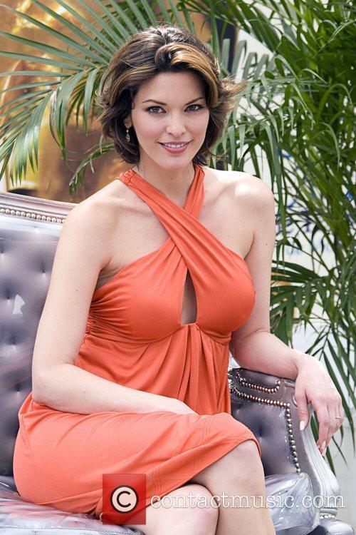 Alana De La Garza 1
