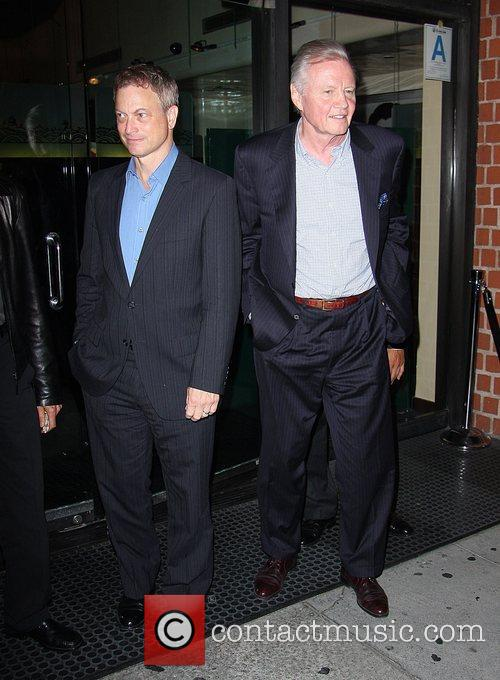 Gary Sinise and Jon Voight