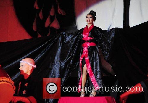 Marisa K. Devin - Performance Artist Philadelphia Mr....