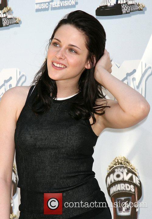 Kristen Stewart and Mtv 6