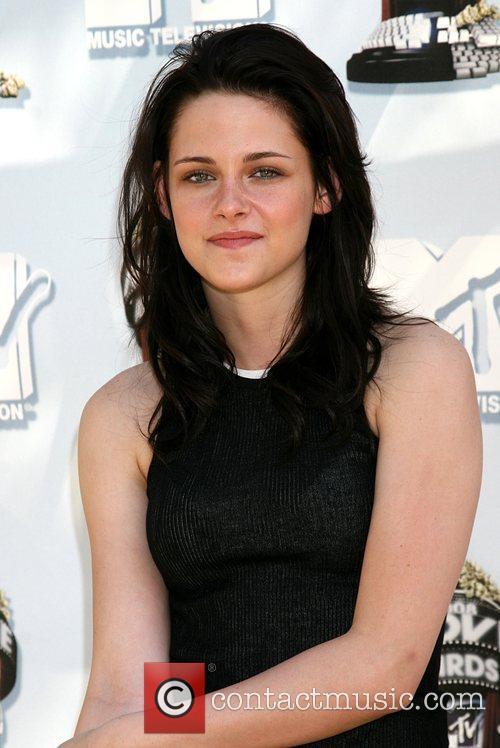 Kristen Stewart and Mtv 8