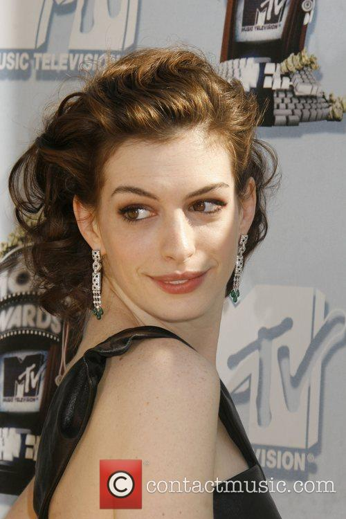 Anne Hathaway and Mtv 1
