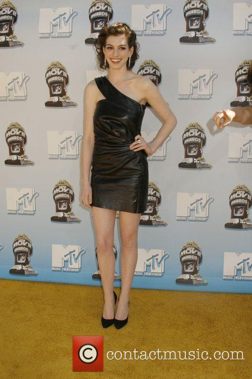 Anne Hathaway and Mtv 2