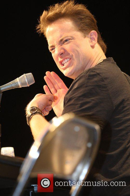 Brendan Fraser 7