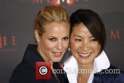 Maria Bello and Michelle Yeoh 1