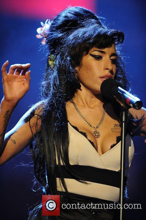 Amy Winehouse 16