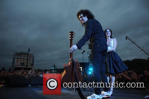 Brian May and Andrea Corr 2