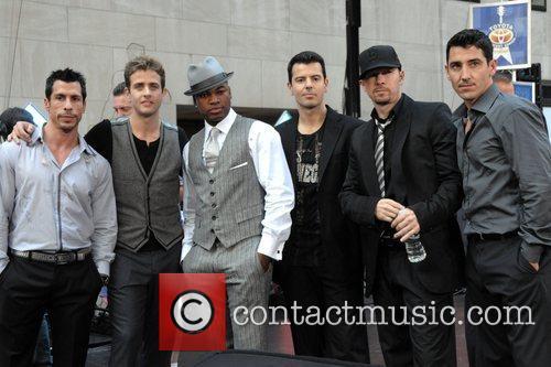 New Kids On The Block, Donnie Wahlberg and Ne-yo 6