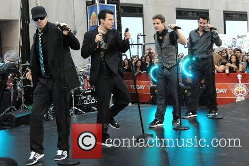 New Kids On The Block, Jordan Knight, Joey Mcintyre and Jonathan Knight 1