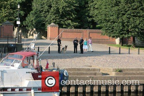 Police evacuate the grounds of Yorkshire Museum and...