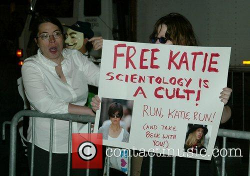 Anti-scientology Demonstrators, Church Of Scientology, Katie Holmes and Tom Cruise 2