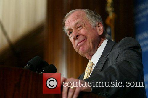 T. Boone Pickens Talks About Wind Power As Alternate Source Of Energy At A Press Conference At The National Press Club 7