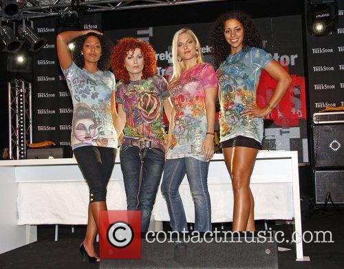 Nadja Benaissa, Lucy Diakovska, Sandy Mölling and Jessica Wahls 10