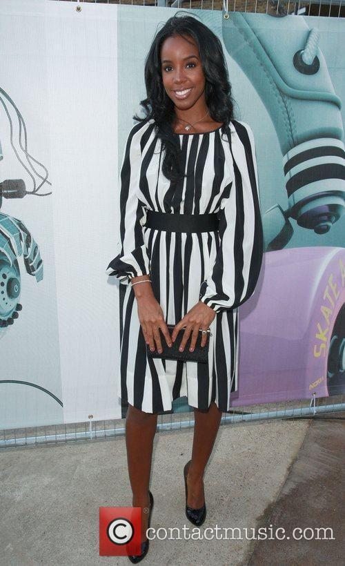 Kelly Rowland Nokia Skate Almighty VIP Launch Night,...