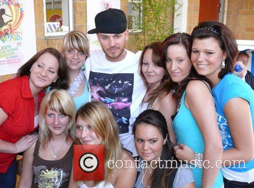 M.Pokora, Fans Energy in the Park 2008 at...