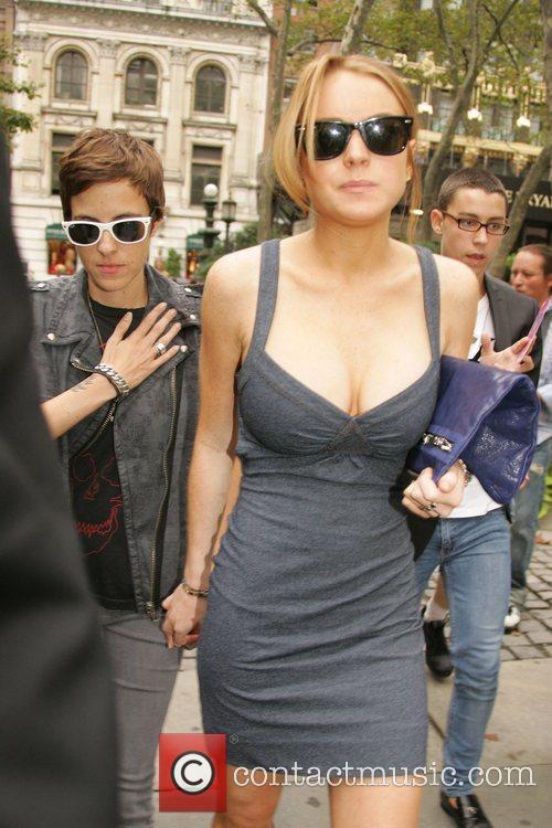 Dj Samantha Ronson and Lindsay Lohan 2