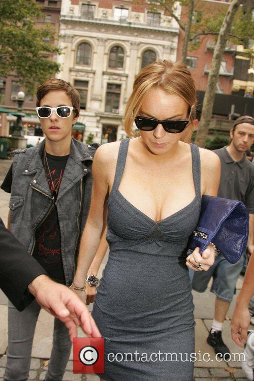 Dj Samantha Ronson and Lindsay Lohan 5
