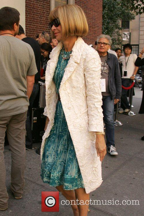 Anna Wintour Mercedes-Benz Fashion Week Spring 2009 -...