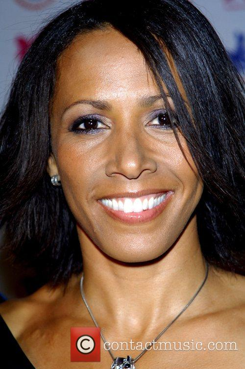 Kelly Holmes Olympics Minister joins famous Olympians, to...