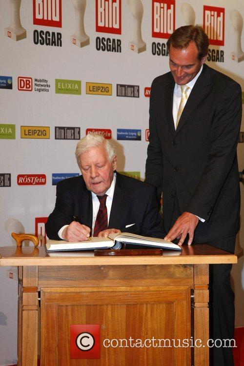 Helmut Schmidt, Burkhard Jung Osgar Awards at Leipziger...