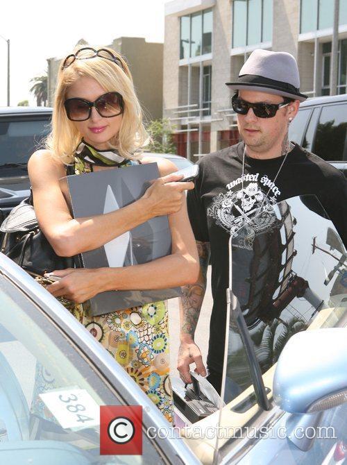 Paris Hilton and Benji Madden leaving the Apple...