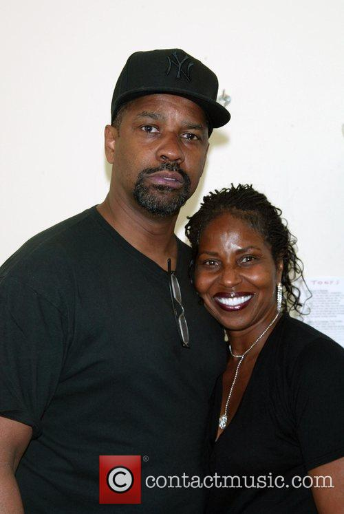 Denzel Washington and His Wife Pauletta Washington 4