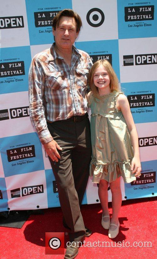 Bill Pullman and Elle Fanning 1