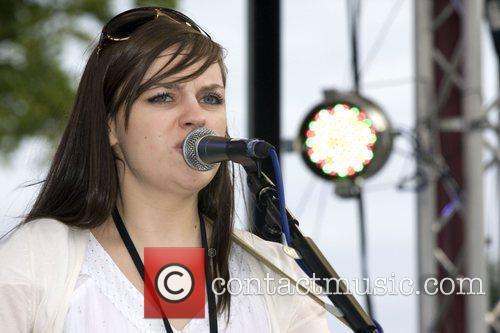 Performing at Picnic Rocks 2008 at Clapham Common...