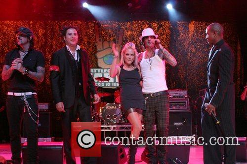 Tommy Lee performing at the Premiere of Discovery...