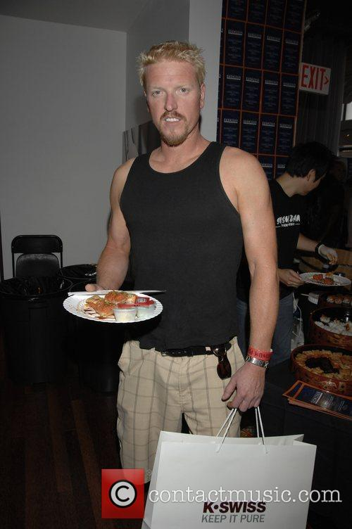 Jake Busey and Mtv 2