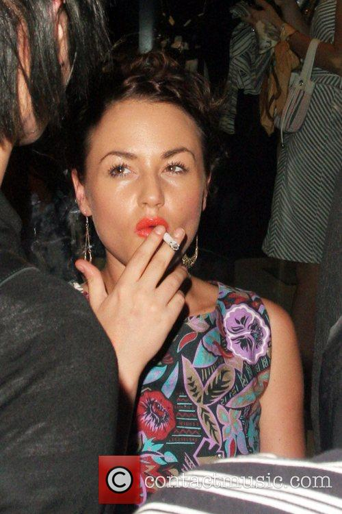 Jaime Winstone Picture - Jaime Winstone Smoking A Cigarette Ppq Summer Party