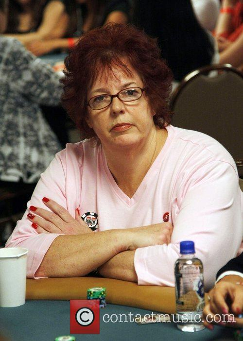 Linda Johnson The Queen of Hearts Team participates...
