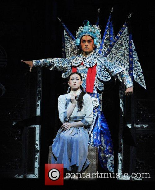 Tthe National Ballet Of China perform Raise the...