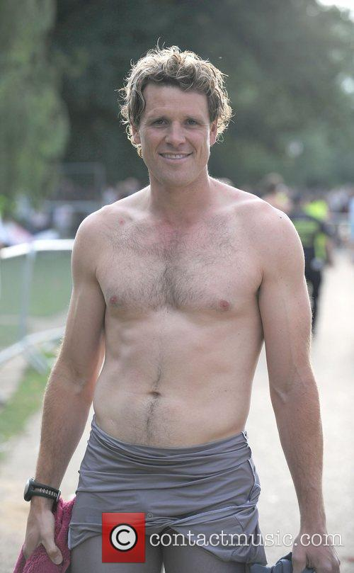 James Cracknell and Red Bull Flugtag 1