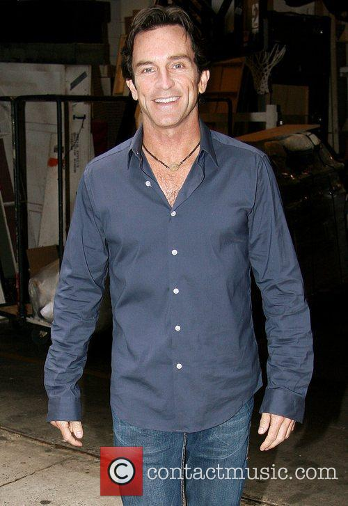 Presenter Jeff Probst 5