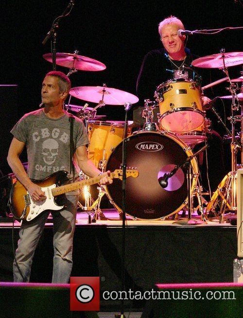 Billy Squier and Gregg Bissonette Ringo Starr &...