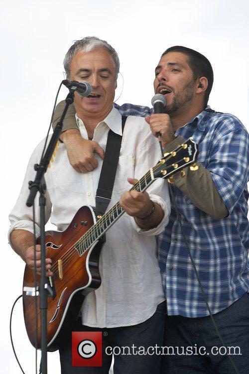 Joao Gil and Mariza Pinto  performing live...