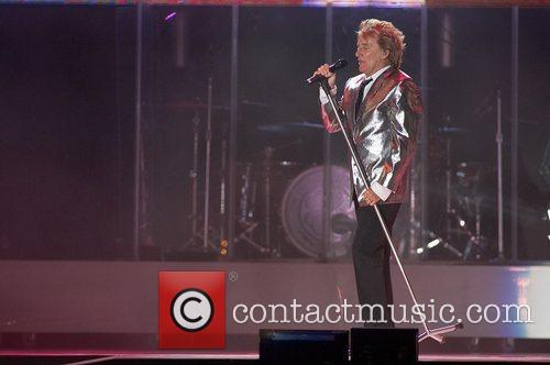 Rod Stewart performing live at Rock in Rio...