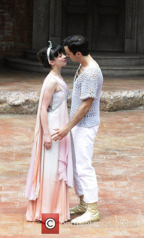 Laura Donnelly and Romeo And Juliet 4