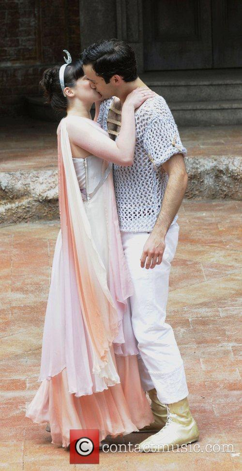 Laura Donnelly and Romeo And Juliet 3