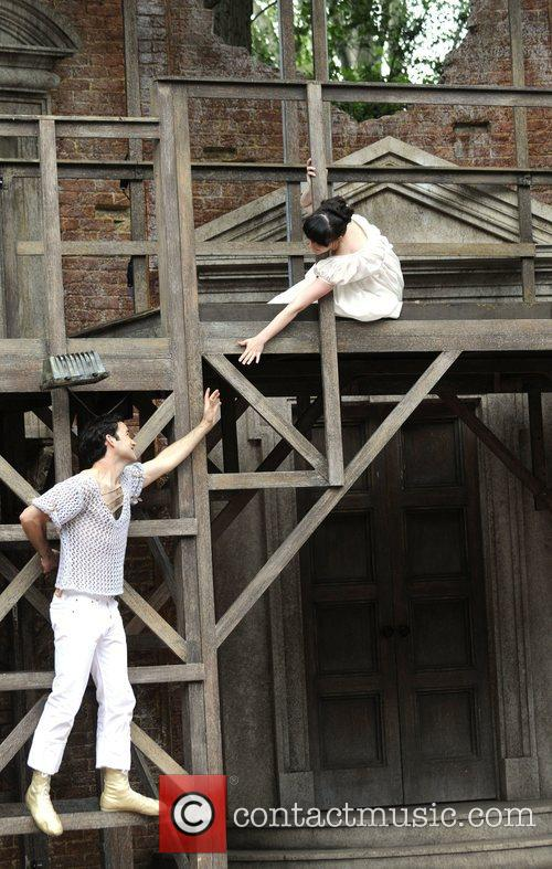Laura Donnelly and Romeo And Juliet 1